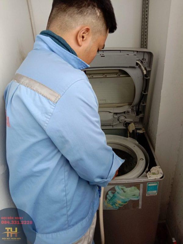 sua chua may giat sanyo về các sự cố máy giặt ( SANYO )chuyên nghiệp .