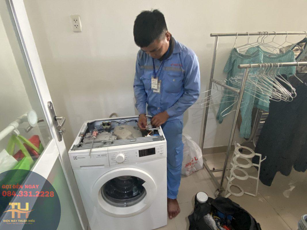 Sửa Máy Giặt Tại Nhà Đường Tô Ký Quận 12