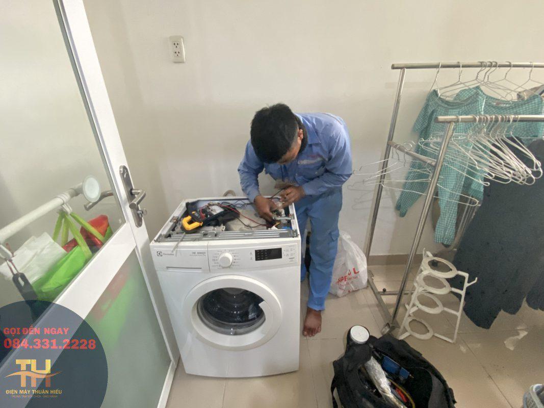 Sửa Máy Giặt Đường Lê Hồng Phong Quận 10