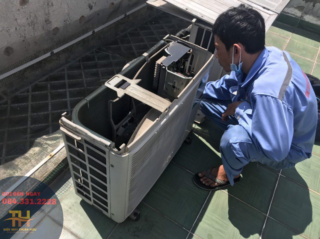 Sửa Máy Lạnh Đường Phạm Văn Đồng Gò Vấp