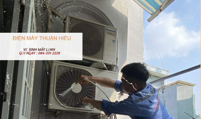 Vệ sinh máy lạnh đường Bạch Đằng Bình Thạnh